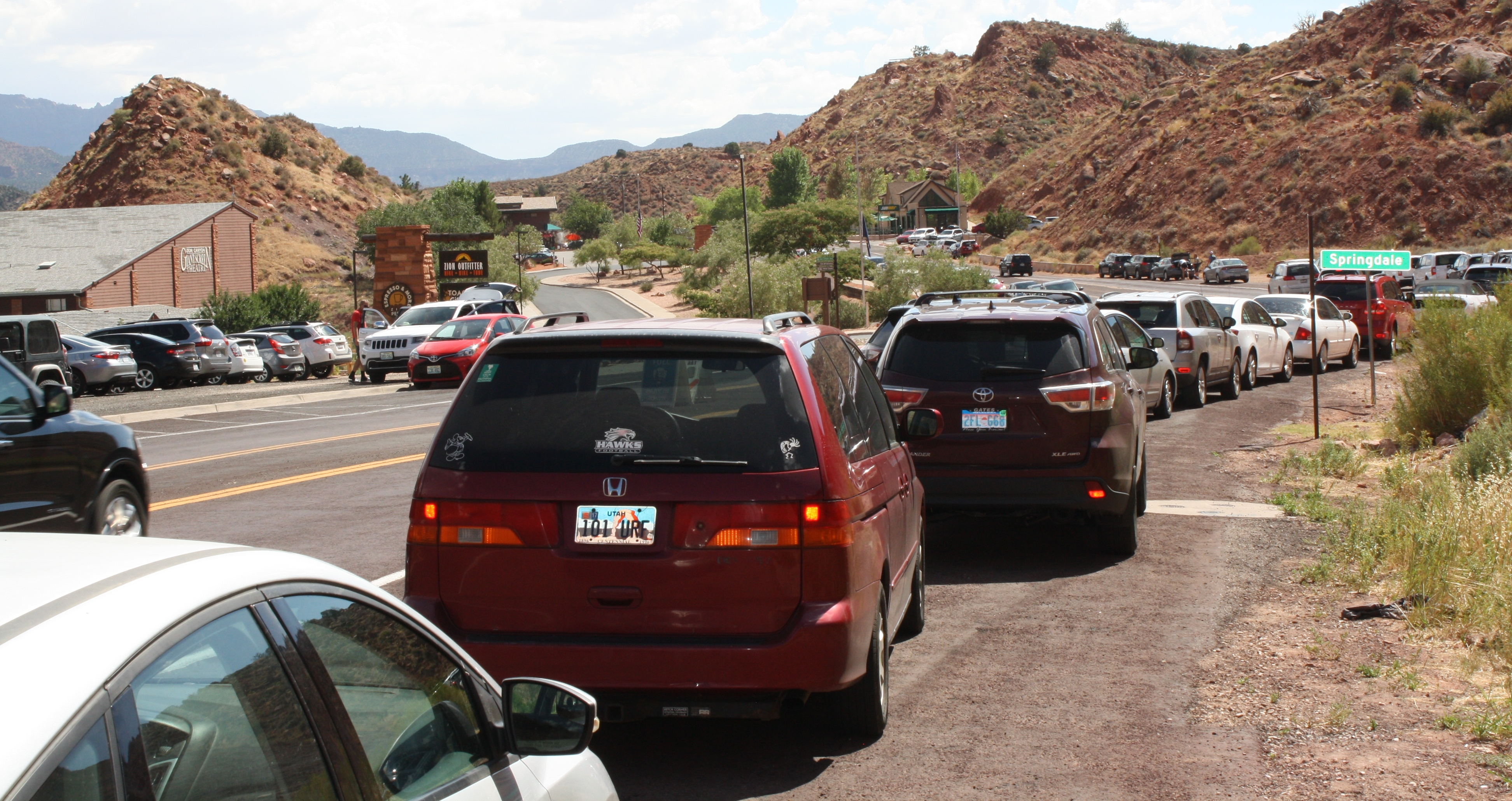 Cars lining the street near the Zion Canyon Giant Screen Theatre, just south of the south entrance, Zion National Park, Utah, July 20, 2016 | Photo by Reuben Wadsworth, St. George News