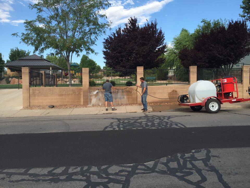 Crews clean up graffiti Tuesday morning at Hurricane Middle School and Hall Park in Hurricane, Utah, Aug. 16, 2016 | Photo by Ron Chaffin, St. George News