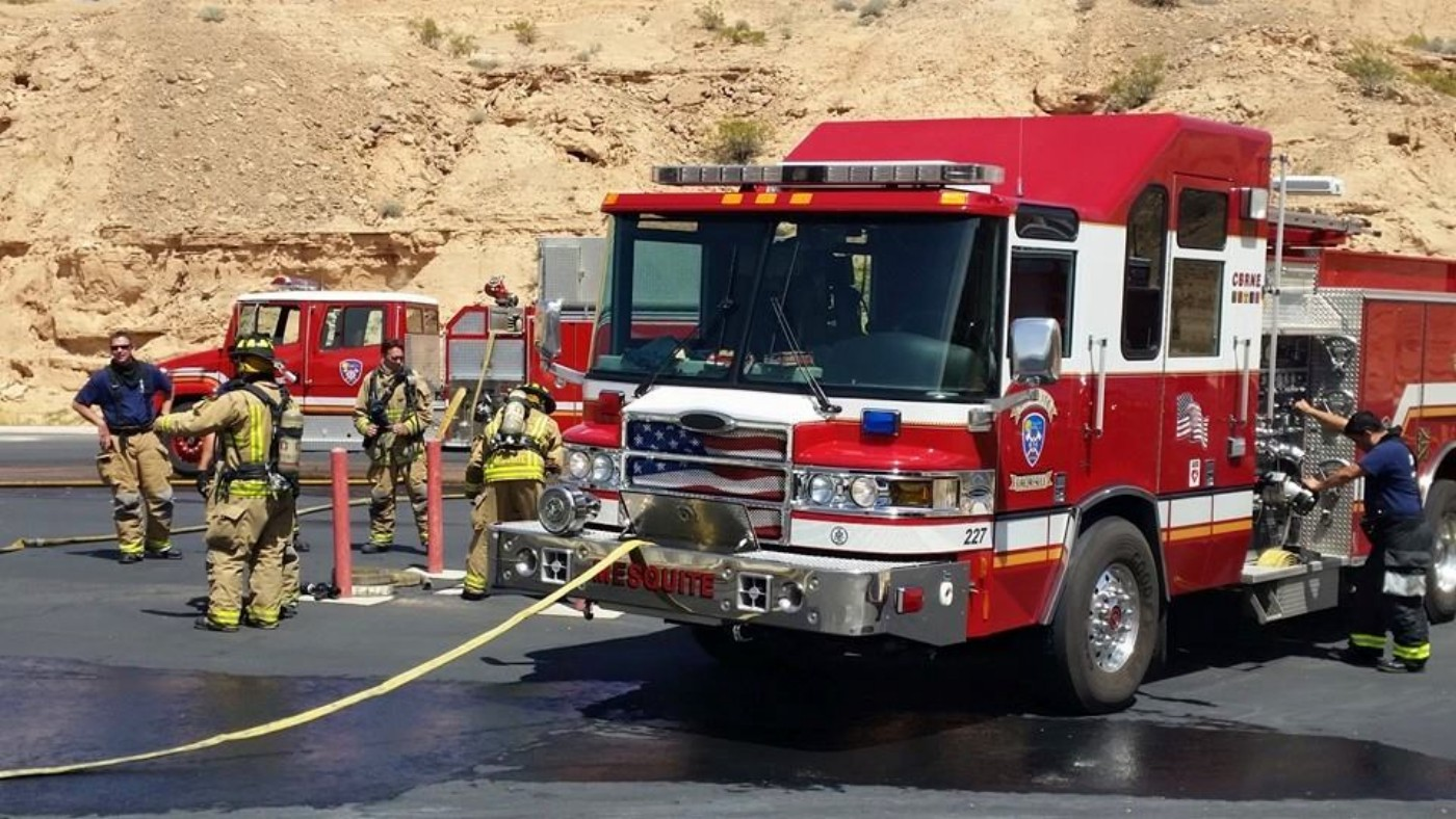 Mesquite firefighters engaged in training, Mesquite, Nevada, April 10, 2016 | Photo courtesy of Mesquite Fire Rescue, St. George News
