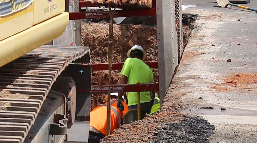 The intersection of River Road and 700 South Street is closed Wednesday for water pipe repair. St. George, Utah, Aug. 10, 2016 | Photo by Mike Cole, St. George News