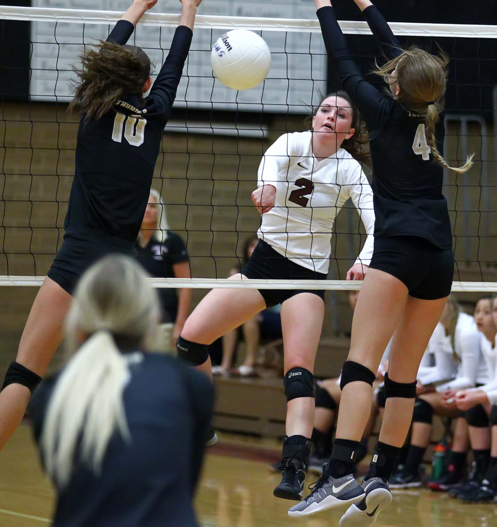 Pine View's Cydnee McGuire (2), Pine View vs. Desert Hills, Volleyball, St. George, Utah, Sept. 27, 2016, | Photo by Robert Hoppie, ASPpix.com, St. George News