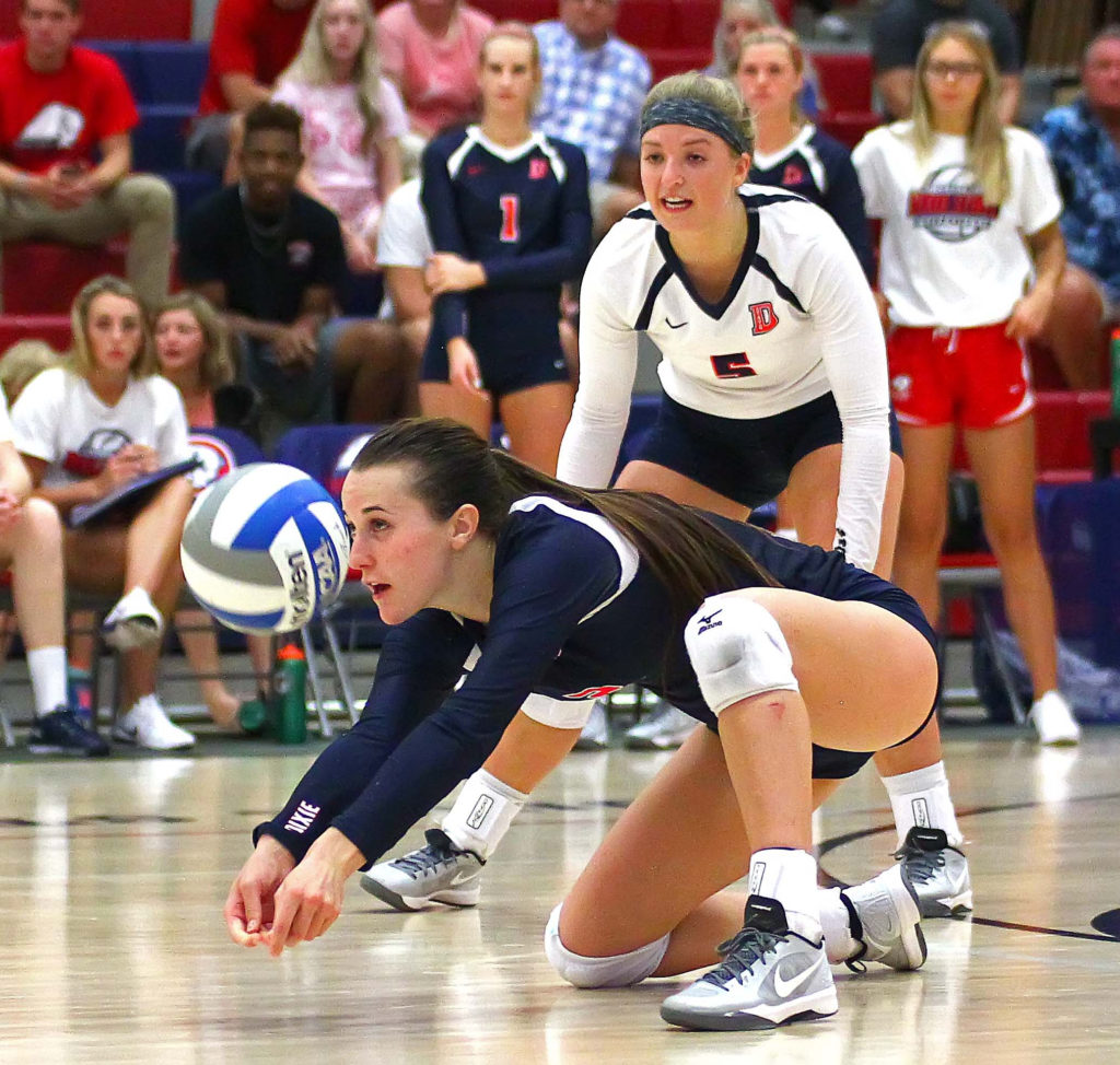 Dixie State's Delayne Daniel (2), Dixie State University vs. Cal State Monterey Bay University, Volleyball, St. George, Utah, Sept. 3, 2016, | Photo by Robert Hoppie, ASPpix.com, St. George News