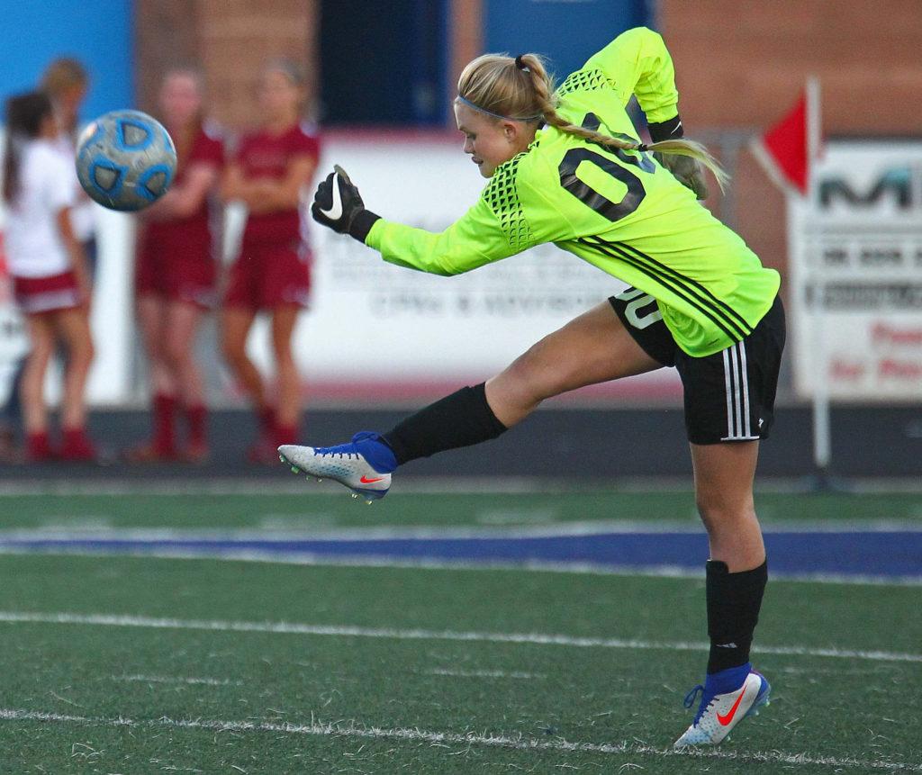 Dixie's Mashaun Estridge (00), Dixie vs. Cedar, Soccer, St. George, Utah, Sept. 6, 2016,   Photo by Robert Hoppie, ASPpix.com, St. George News