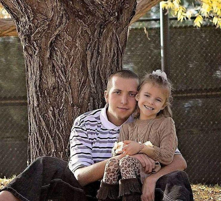 David Heisler with his daughter Mariah, location and date unspecified | Photo courtesy of David Heislers Facebook page, St. George News