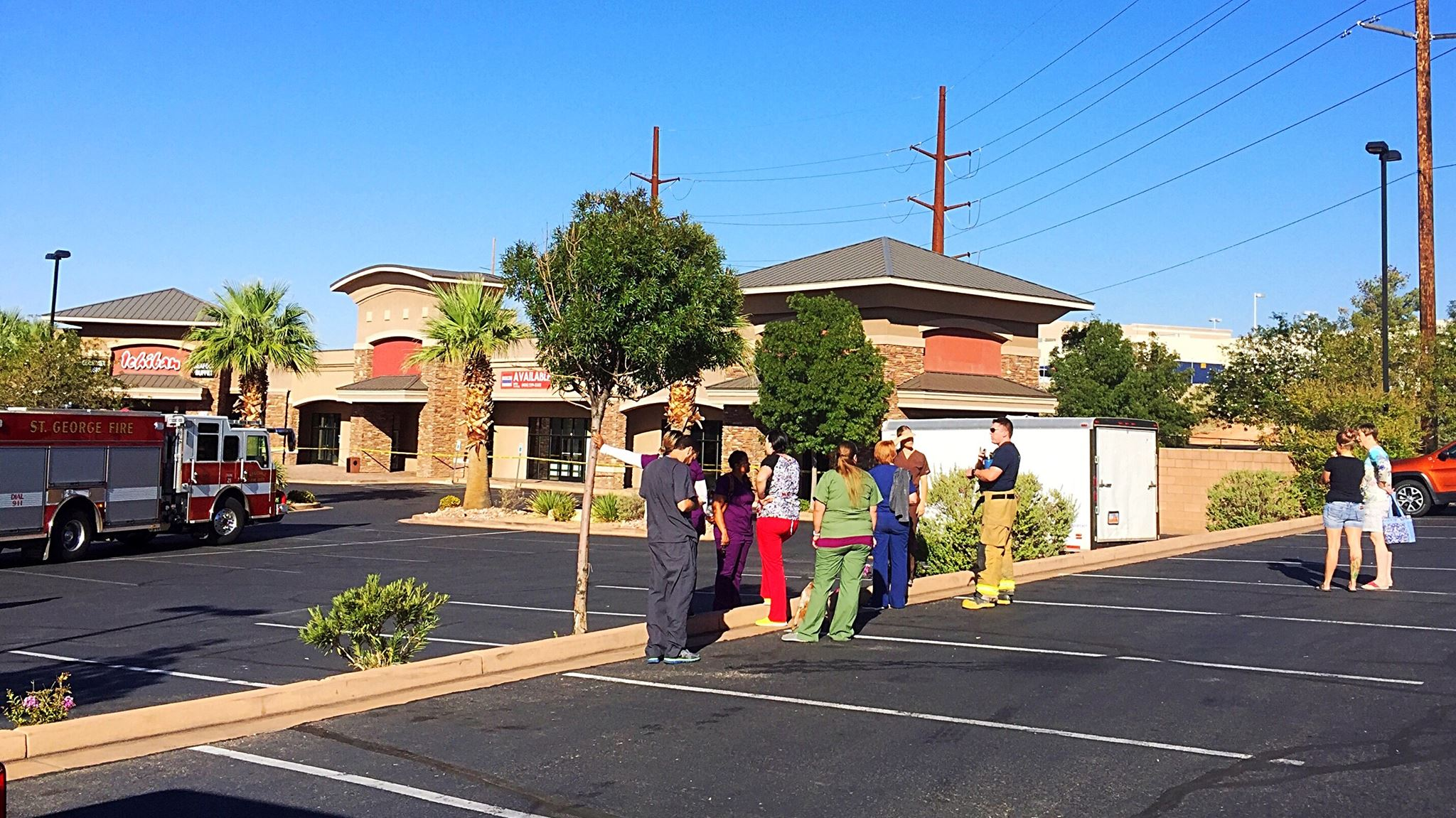 A St. George business plaza located at 969 N. 3050 East was evacuated after an explosive level of gas had accumulated in one of the businesses within the complex, St. George, Utah, Sept. 6, 2016 | Photo by Kimberly Scott, St. George News