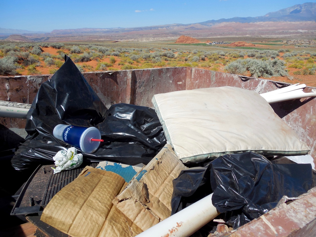 Garbage picked up by volunteers during a National Public Lands Day project Saturday, Hurricane, Utah, Sept. 24, 2016 | Photo courtesy of Desert Roads and Trails Society – Desert RATS, St. George News