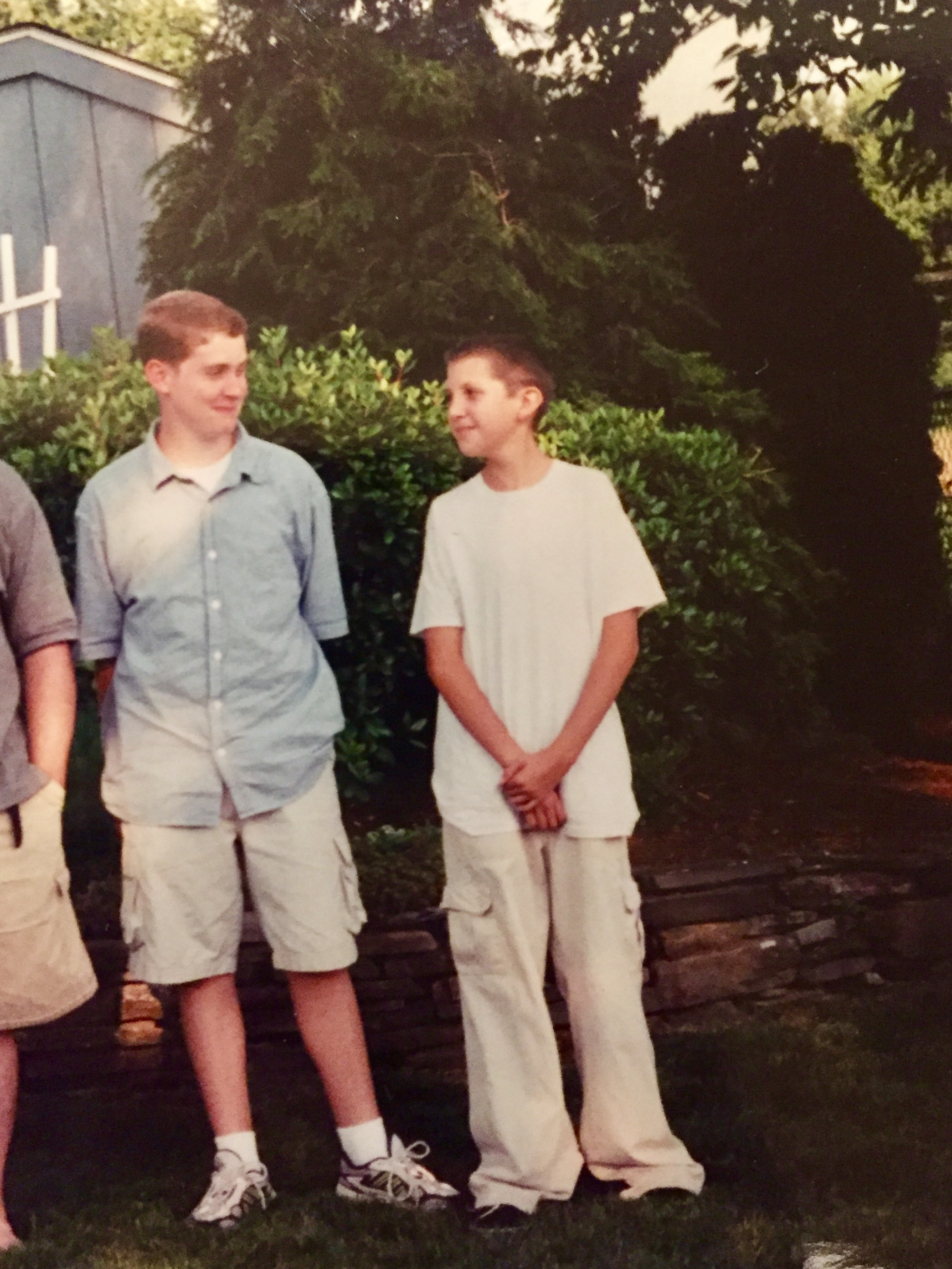 David Heisler as a child standing with his cousin, circa 1995, location unspecified | Photo courtesy of Mary Brace, St. George News