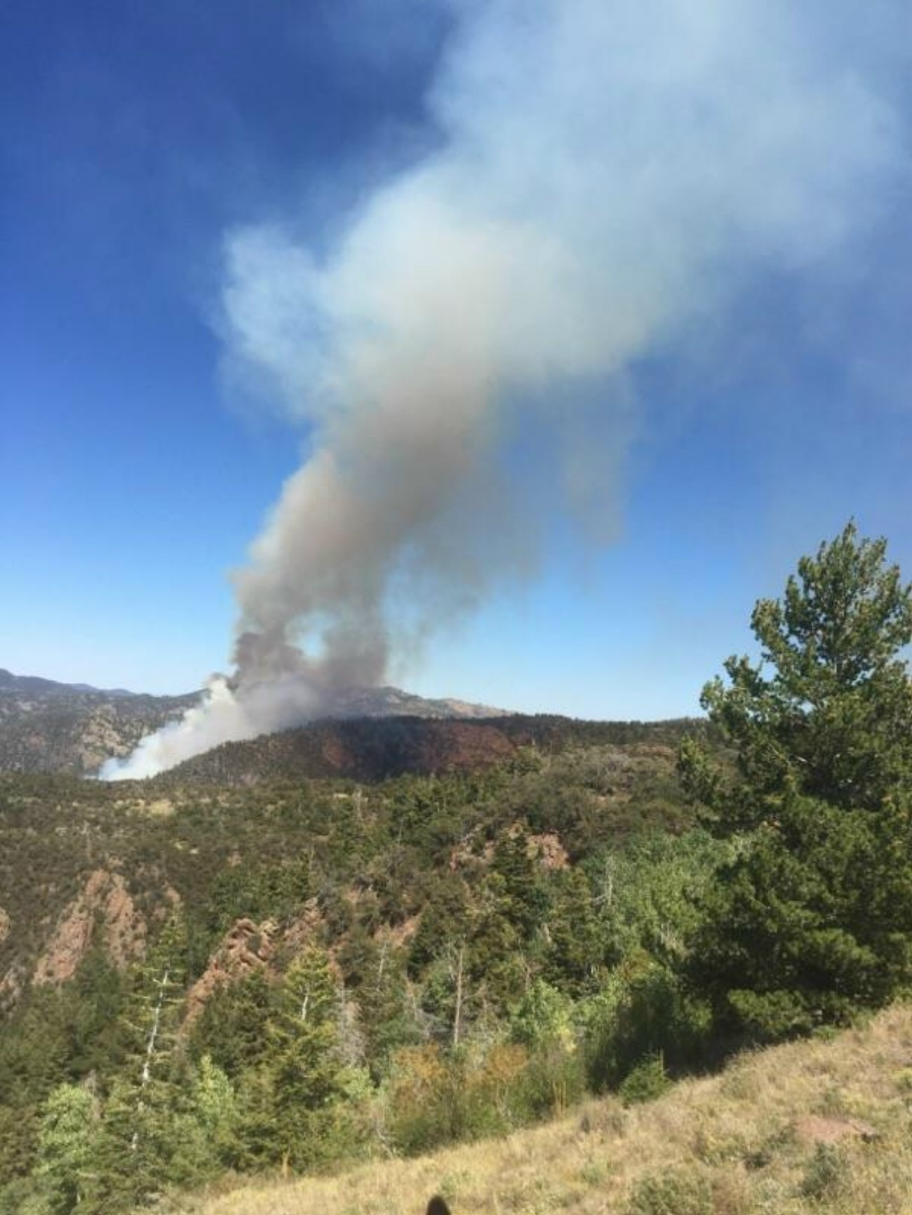 Smoke rising from the Main Fire in the Pine Valley Mountain wilderness, Washington County, Utah, Sept. 9, 2016 | Photo courtesy of the U.S. Forest Service, St. George News