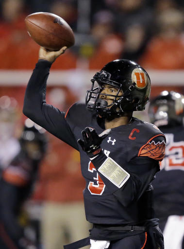Utah quarterback Troy Williams (3) passes the ball against Southern California in the first half during an NCAA college football game Friday, Sept. 23, 2016, in Salt Lake City. (AP Photo/Rick Bowmer)