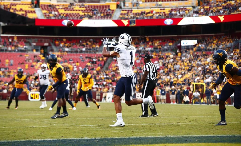 Moroni Laulu-Pututau catches a fourth quarter touchdown pass, BYU vs. West Virginia, Landover, Md., Sept. 24, 2016 | Photo by BYU Photo