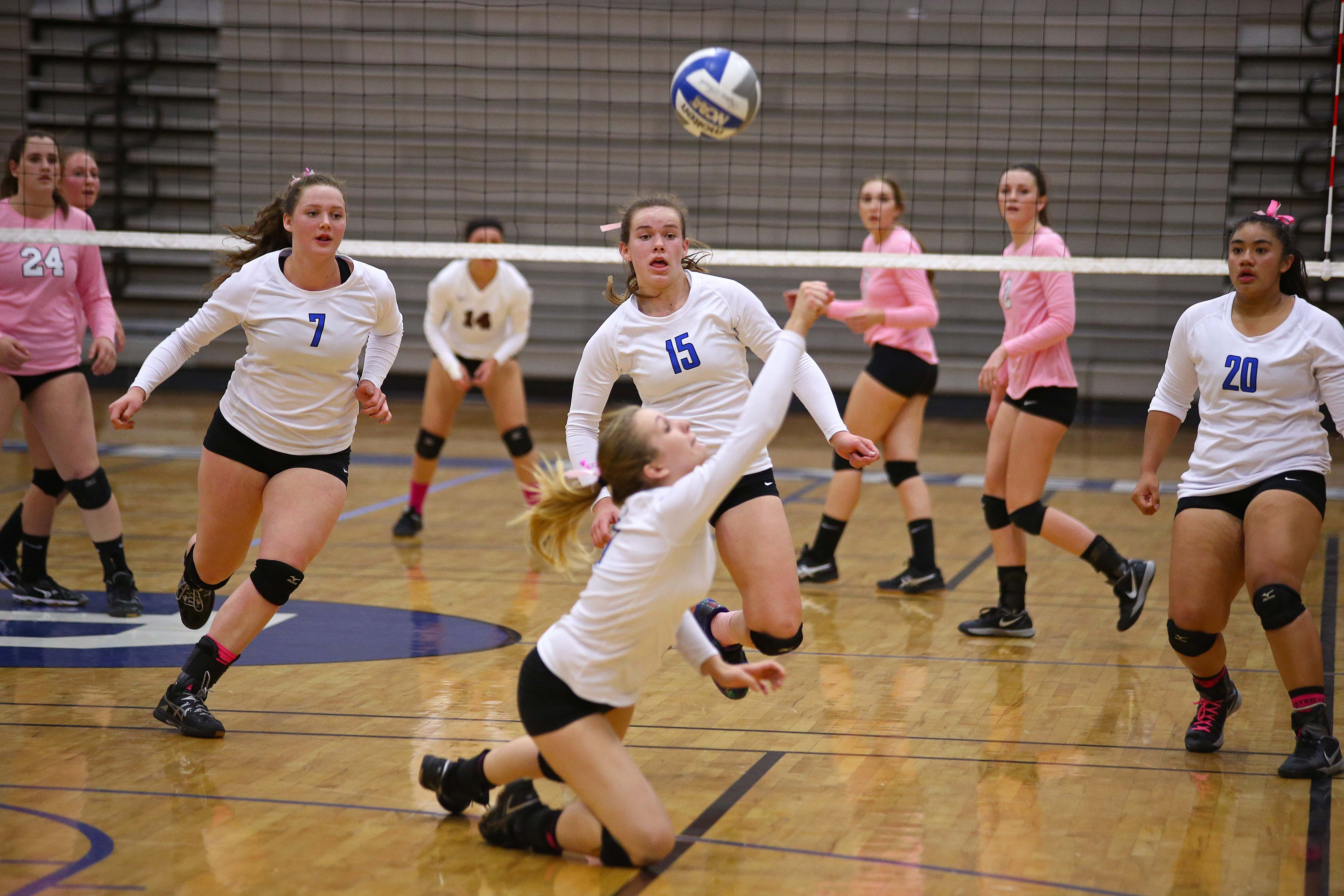 Dixie's Tyler Stilson (5), Dixie vs. Pine View, Volleyball, St. George, Utah, Oct. 11, 2016,   Photo by Robert Hoppie, ASPpix.com, St. George News