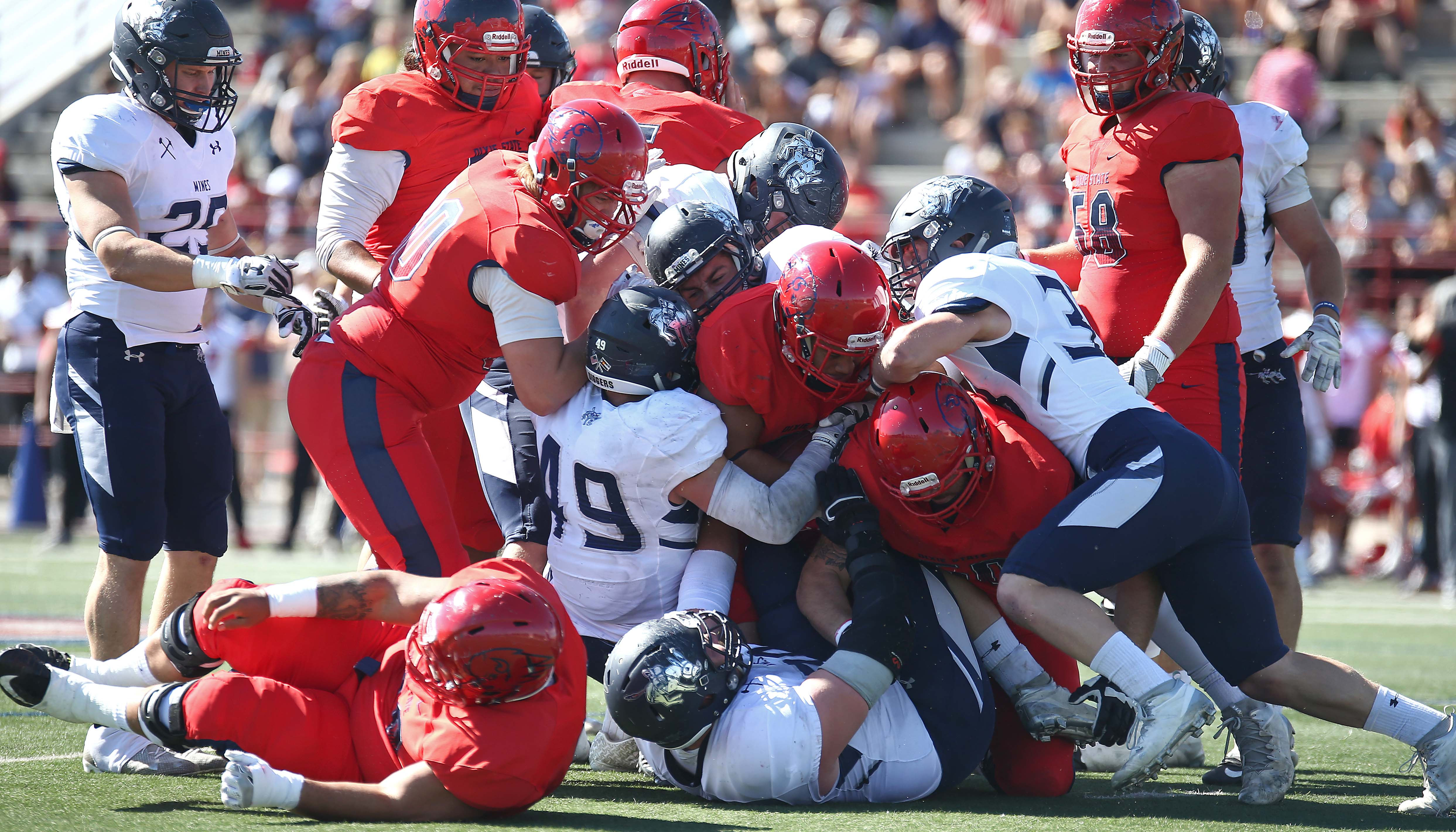 Dixie State University vs. Colorado School of Mines, Football, St. George, Utah, Oct. 22, 2016, | Photo by Robert Hoppie, ASPpix.com, St. George News