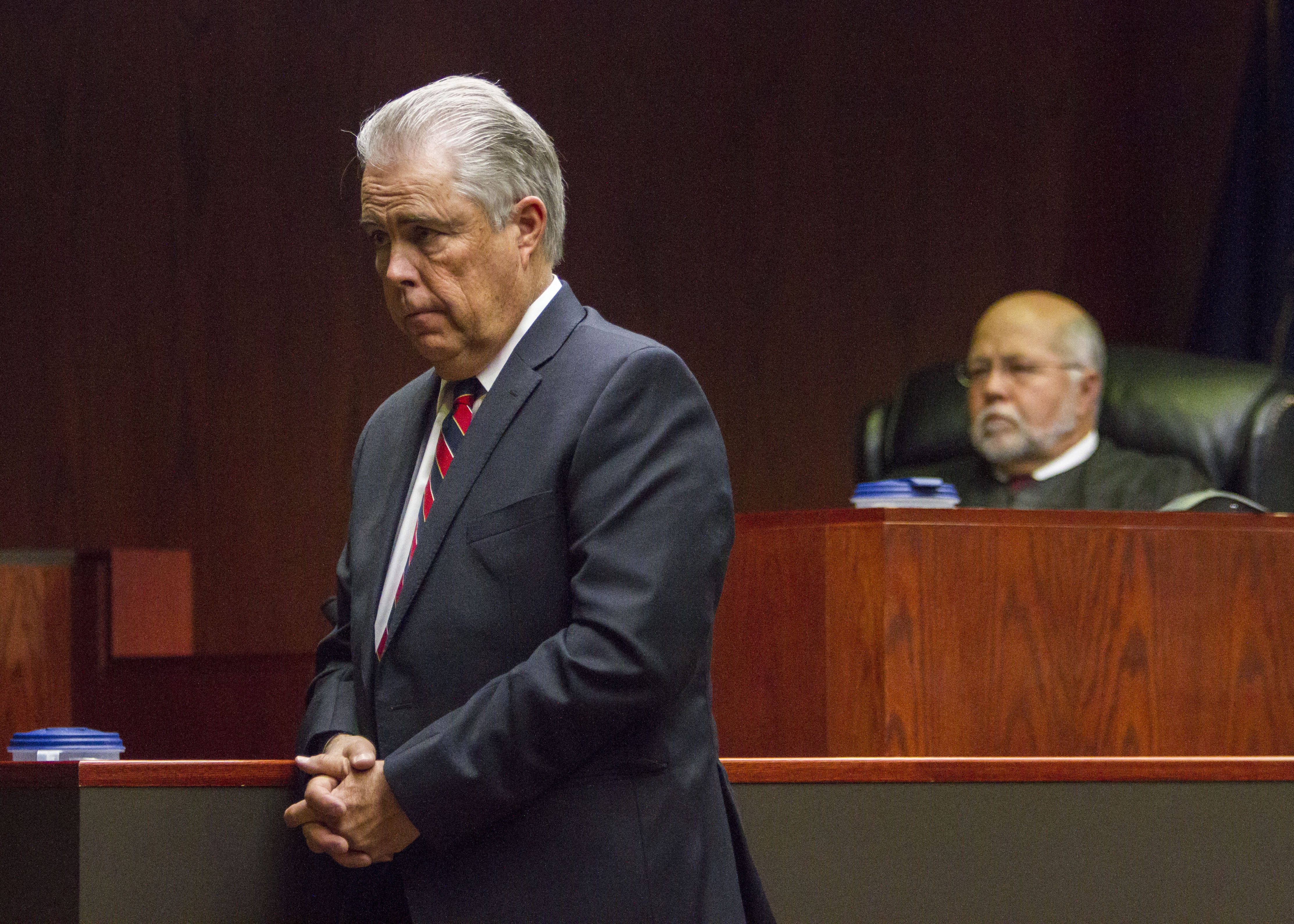 Douglas Terry, a defense attorney, provides an opening statement to the jury during the State of Utah v. Sorensen trial at the Fifth District Court in Cedar City, Utah, Oct. 19, 2016 | Photo by 5th District Court video pool, St. George / Cedar City News