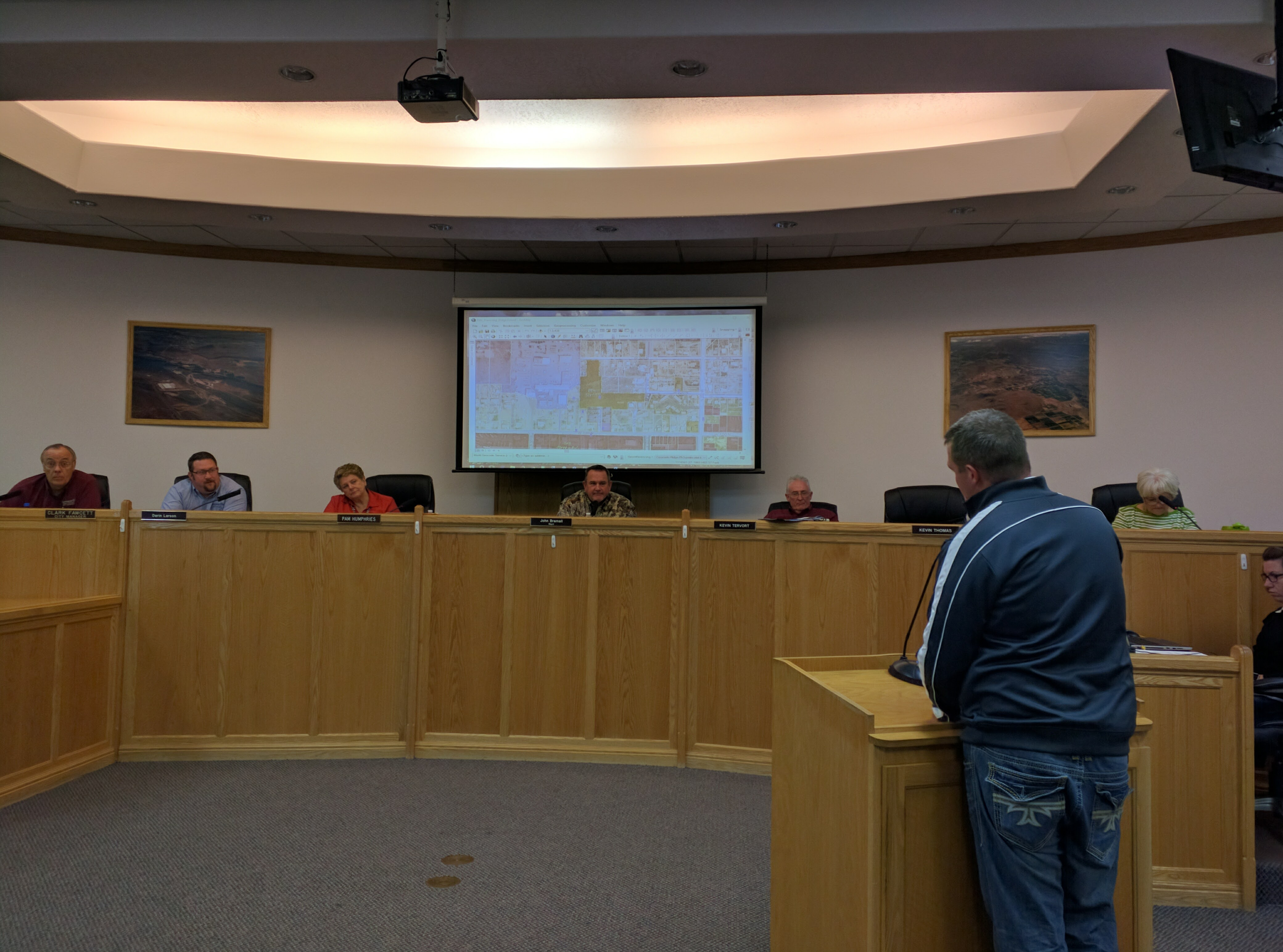 Leisure Services Director Bryce King presents on the state of recreation in Hurricane for the City Council, Hurricane, Utah, Oct. 20, 2016 | Photo by Joseph Witham, St. George News
