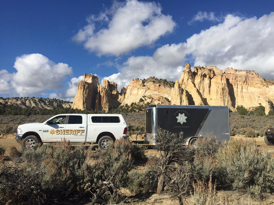 Kane County Search and Rescue team assists with search for missing hunter who is found deceased 150-feet below a cliff near Wahweap Wash, Kane County, Oct. 26, 2016 | Photo courtesy of Kane County Sheriff's Office, St. George News