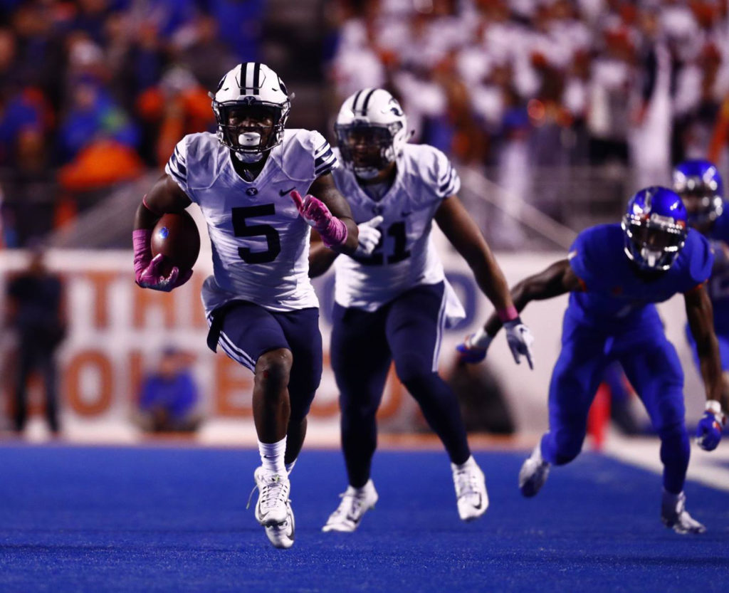 Fred Warner (5) returns an interception for a 59-yard touchdown, BYU at Boise State, Boise, Idaho, Oct. 20, 2016 | Photo by BYU Photo