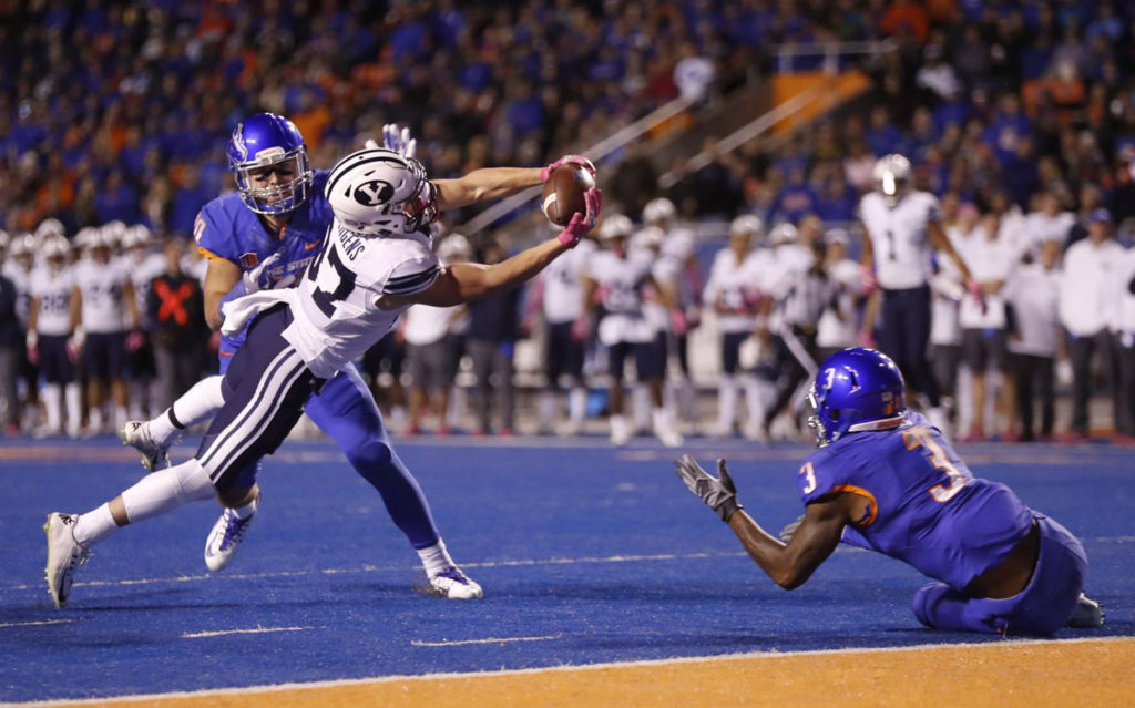 Mitchell Juergens makes a great grab near the end zone in the second quarter, BYU at Boise State, Boise, Idaho, Oct. 20, 2016 | Photo by BYU Photo