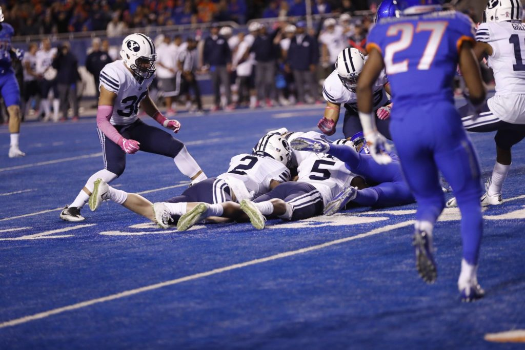The Cougars recover a fumble, BYU at Boise State, Boise, Idaho, Oct. 20, 2016 | Photo by BYU Photo