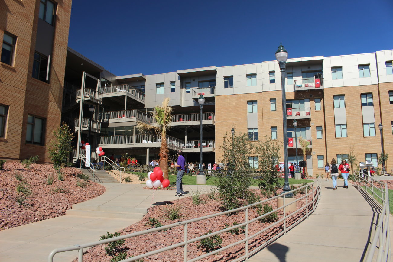 The new Campus View Suites at Dixie State University. The new on-campus 352-bed student-housing complex filled with residents in late August, St. George, Utah, Oct. 19, 2016 | Photo by Mori Kessler, St. George News
