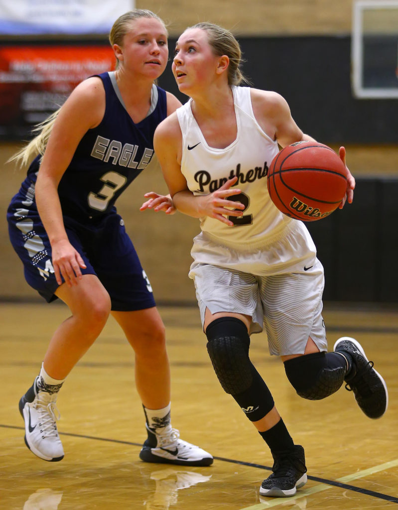 Pine View's Dawn Mead (2), Pine View vs. Millard, Girl's Basketball, St. George, Utah, Nov. 22, 2016, | Photo by Robert Hoppie, ASPpix.com, St. George News