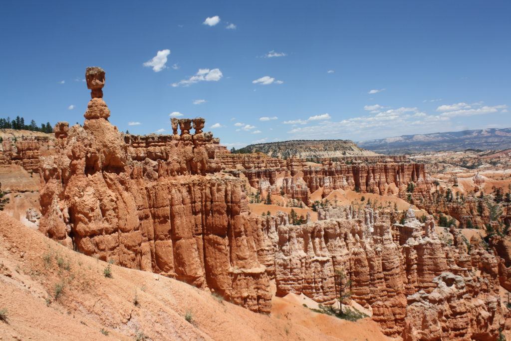 Thor's Hammer in Bryce Canyon doesn't really look like a hammer