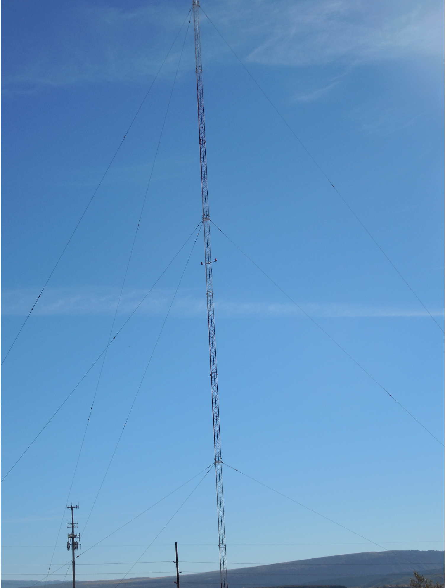 The KHKR 1210 AM tower in Washington City, a landmark visible from Interstate 15, was taken down Monday, Washington, Utah, Nov. 14, 2016 | Photo by Julie Applegate, St. George News