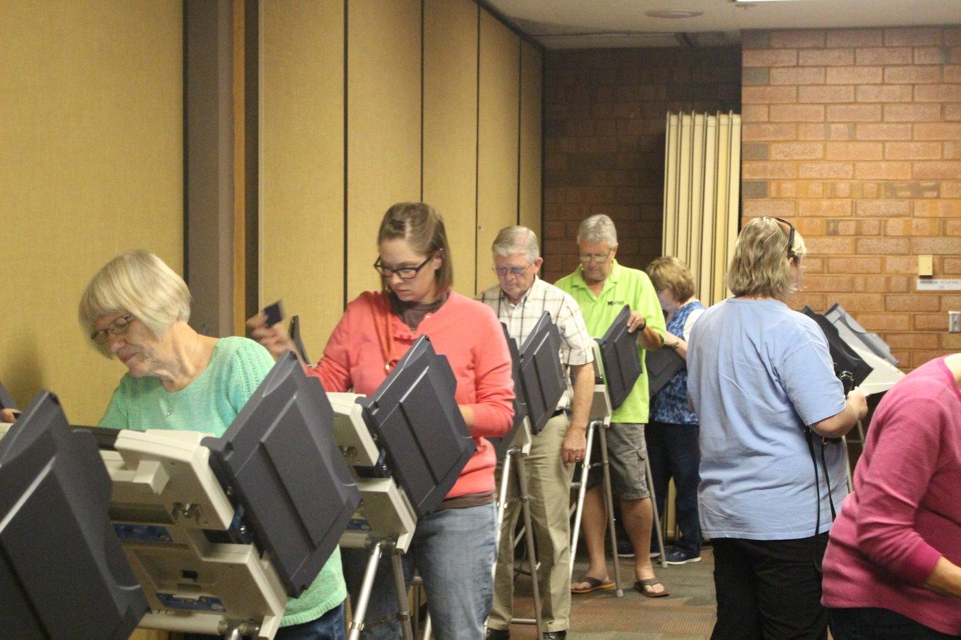 St. George residents voting early in the 2016 general election, St. George, Utah, Nov. 4, 2016 | Photo by Mori Kessler, St. George News
