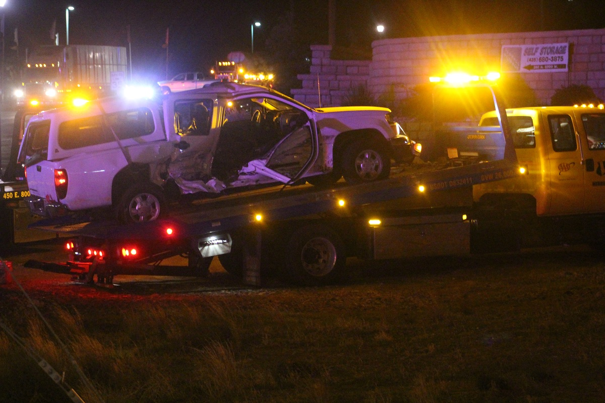 White truck was towed after two-vehicle collision on State Route 9 that left one woman critically injured and the driver in serious condition Thursday evening, Hurricane, Utah, Nov. 17, 2016 | Photo by Cody Blowers, St. George News