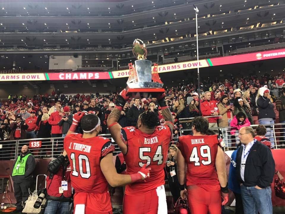 Utah won the Foster Farms Bowl NCAA college football game Wednesday, Dec. 28, 2016, in Santa Clara, Calif. (AP Photo/Marcio Jose Sanchez)