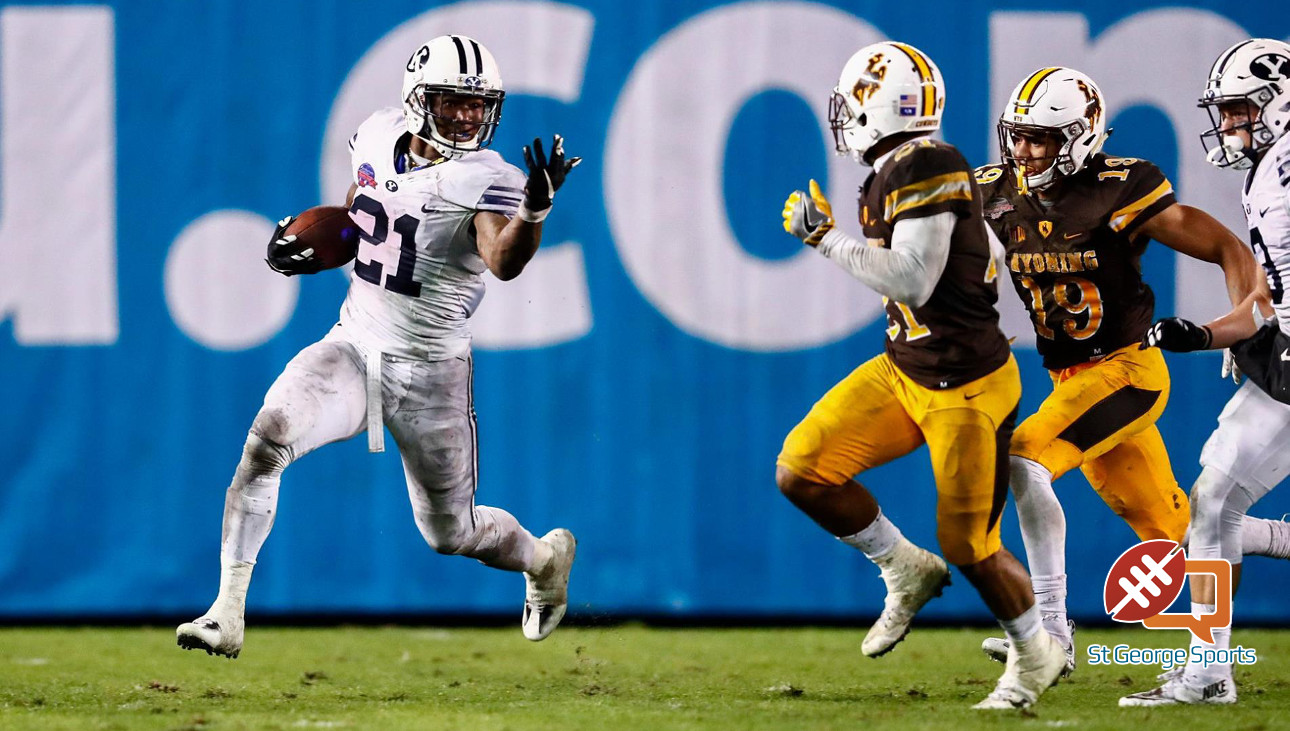 Jamaal Williams (21) had 210 rushing yards and was the Poinsettia Bowl MVP, BYU vs. Wyoming, San Diego, Cailf., Dec.21, 2016 | Photo by BYU Photo