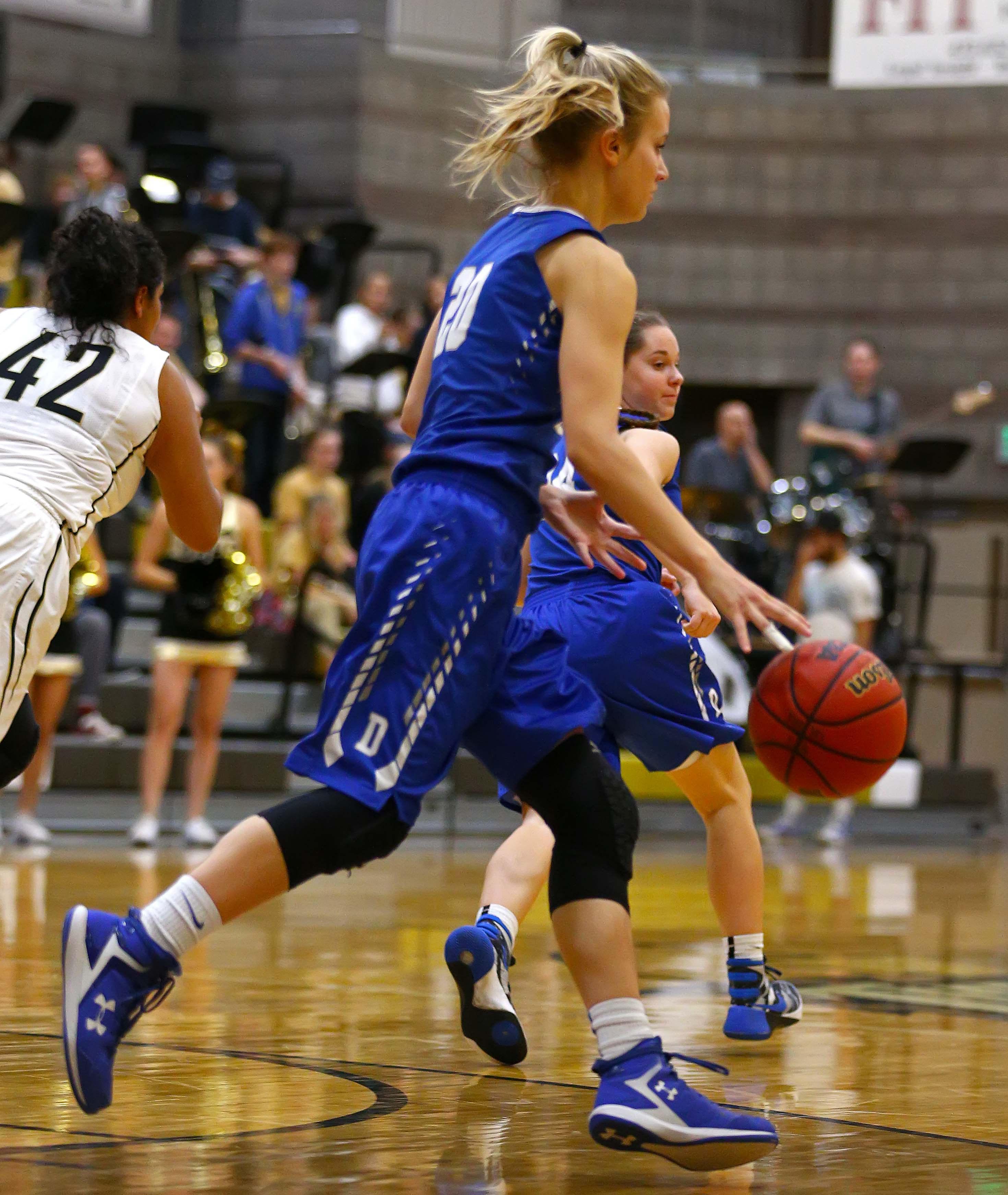 Dixie's Daisy Owens (20), Desert Hills vs. Dixie, Girls Basketball, St. George, Utah, Jan. 12, 2017, | Photo by Robert Hoppie, ASPpix.com, St. George News