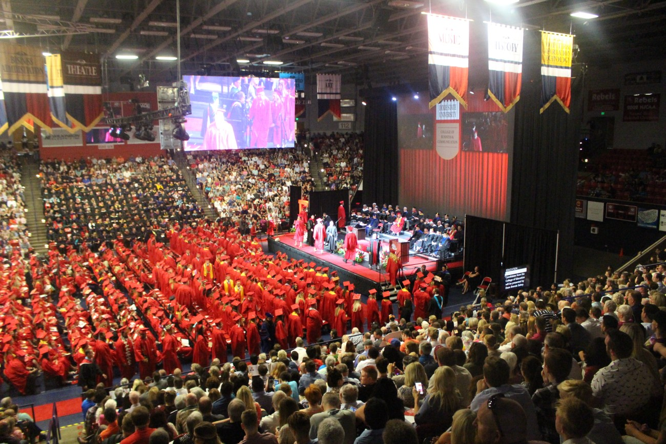 Dixie State University Graduation Creativehobby Store