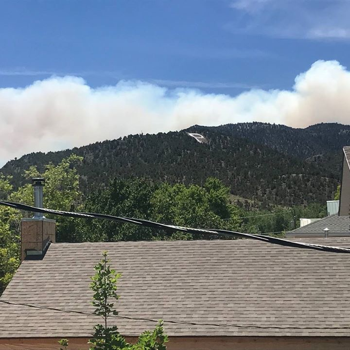 Wildfire forces evacuation of Utah ski town