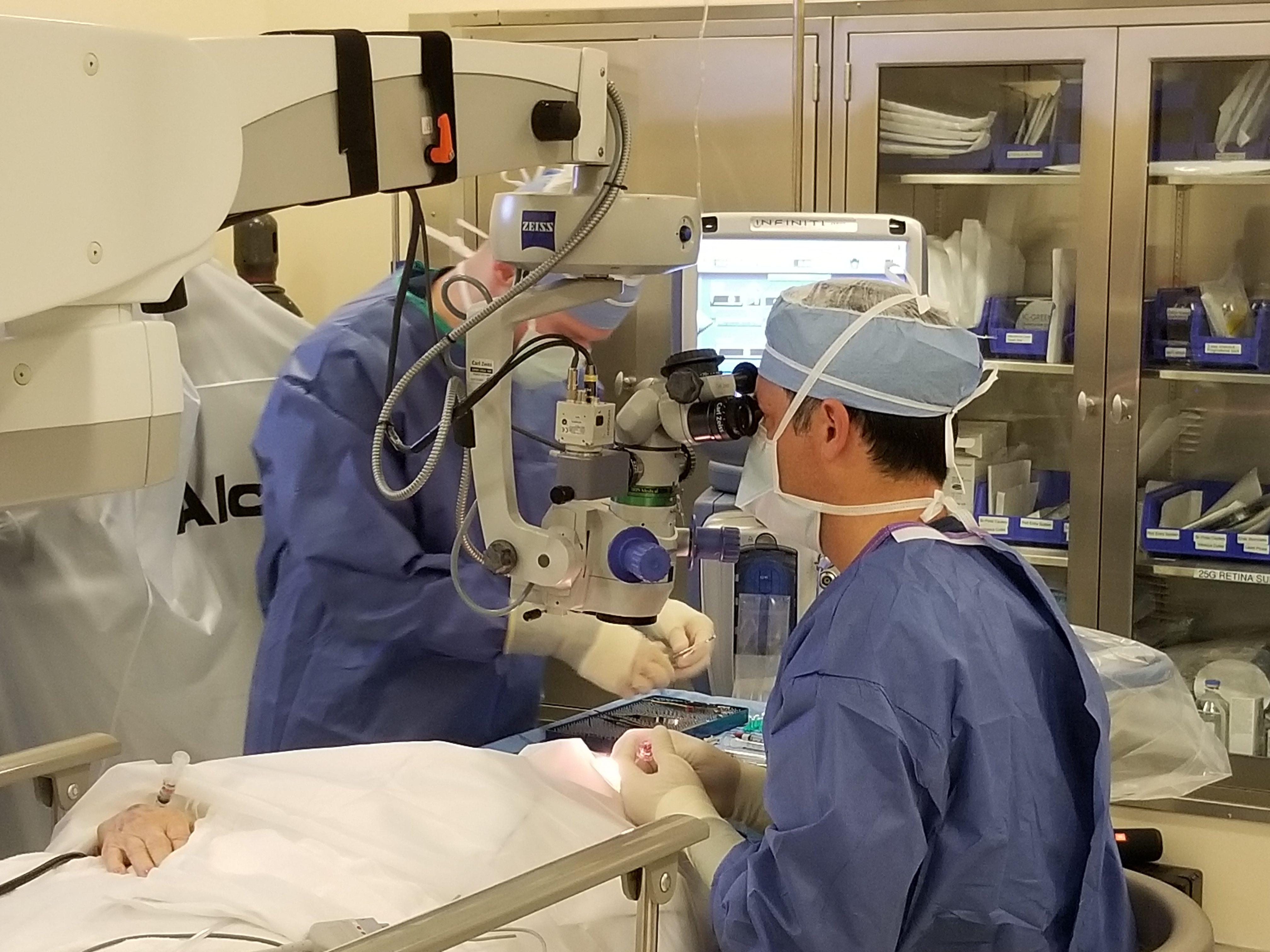 Why Go Dropless Cataract Surgery Eliminates Postoperative Eyedrops