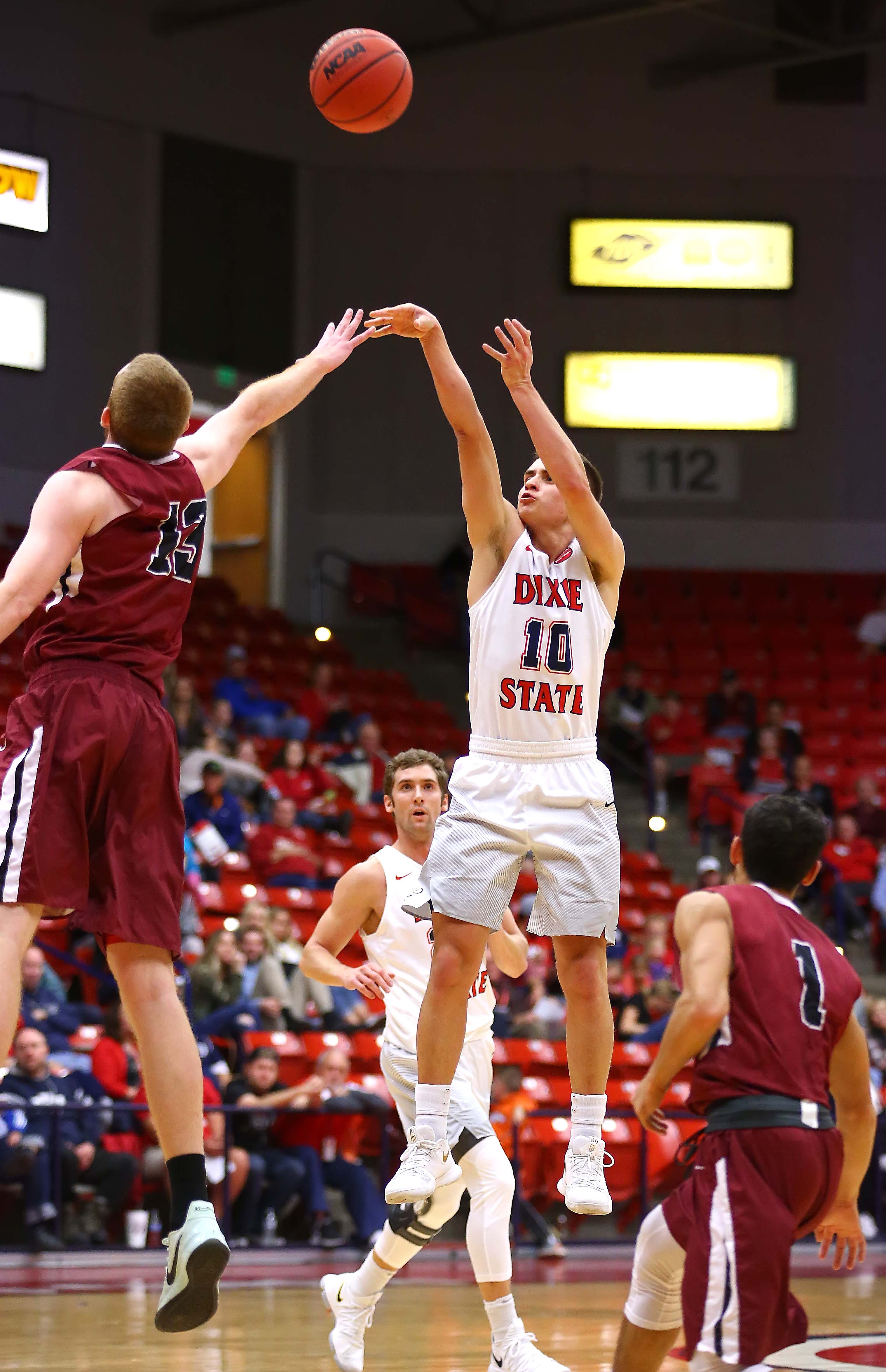 dixie state takes massive win streak into friday's ncaa west