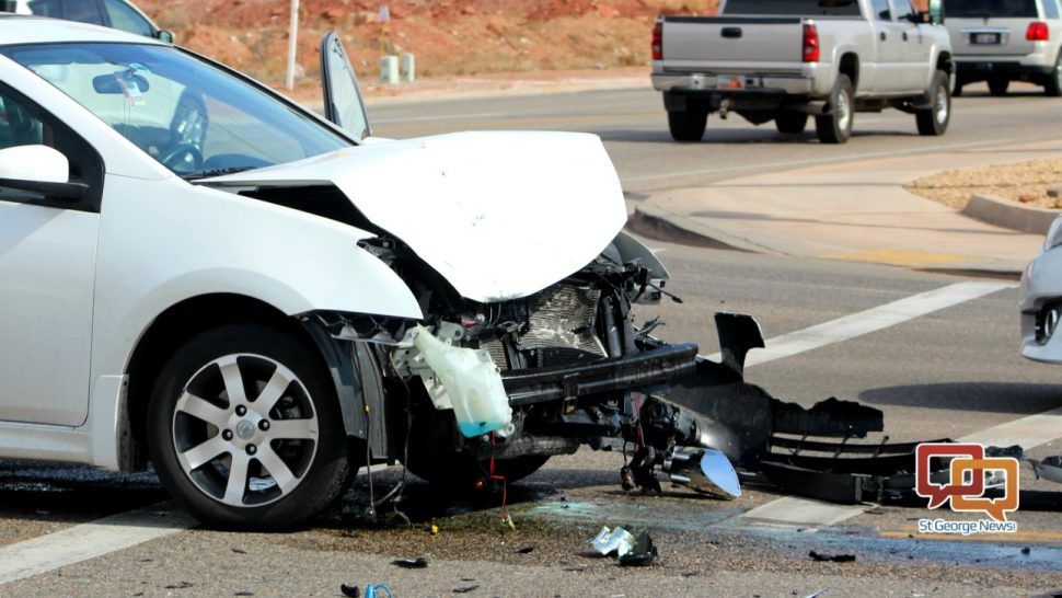 Woman cited for failure to yield in head-on crash – St George News