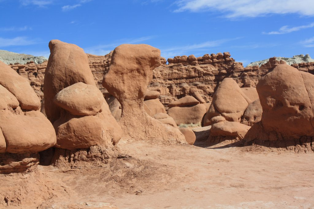 Goblin Valley day: a late-explored, otherworldly erosive spectacle