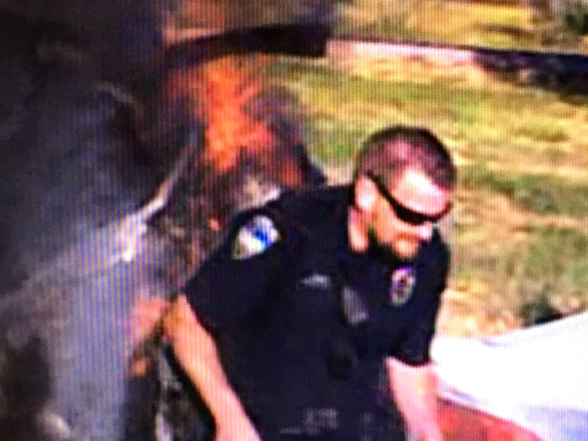 Nasty cop takes teens