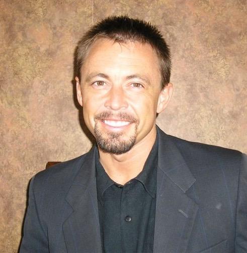 Dr. Sean Lynn