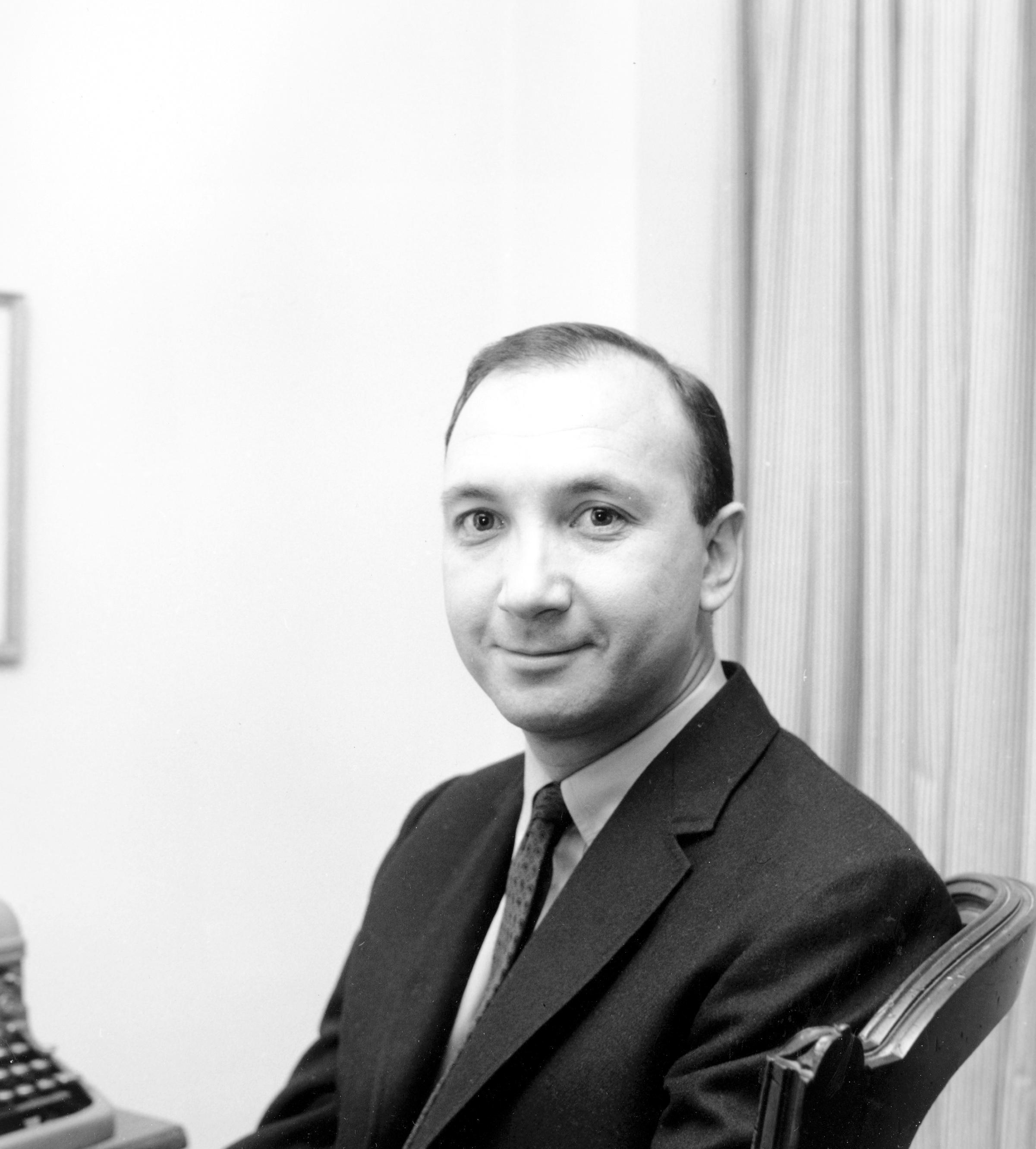 Simon Neil