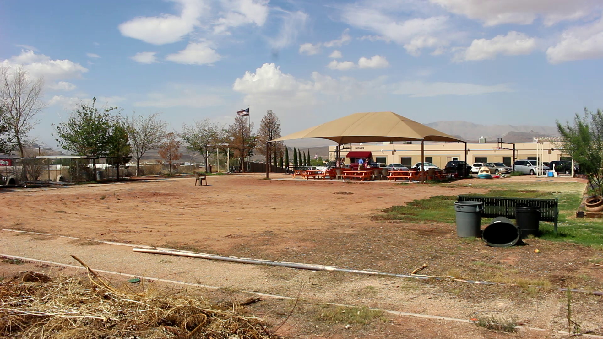 Lowe\'s donates $60K to Switchpoint for playground – St George News