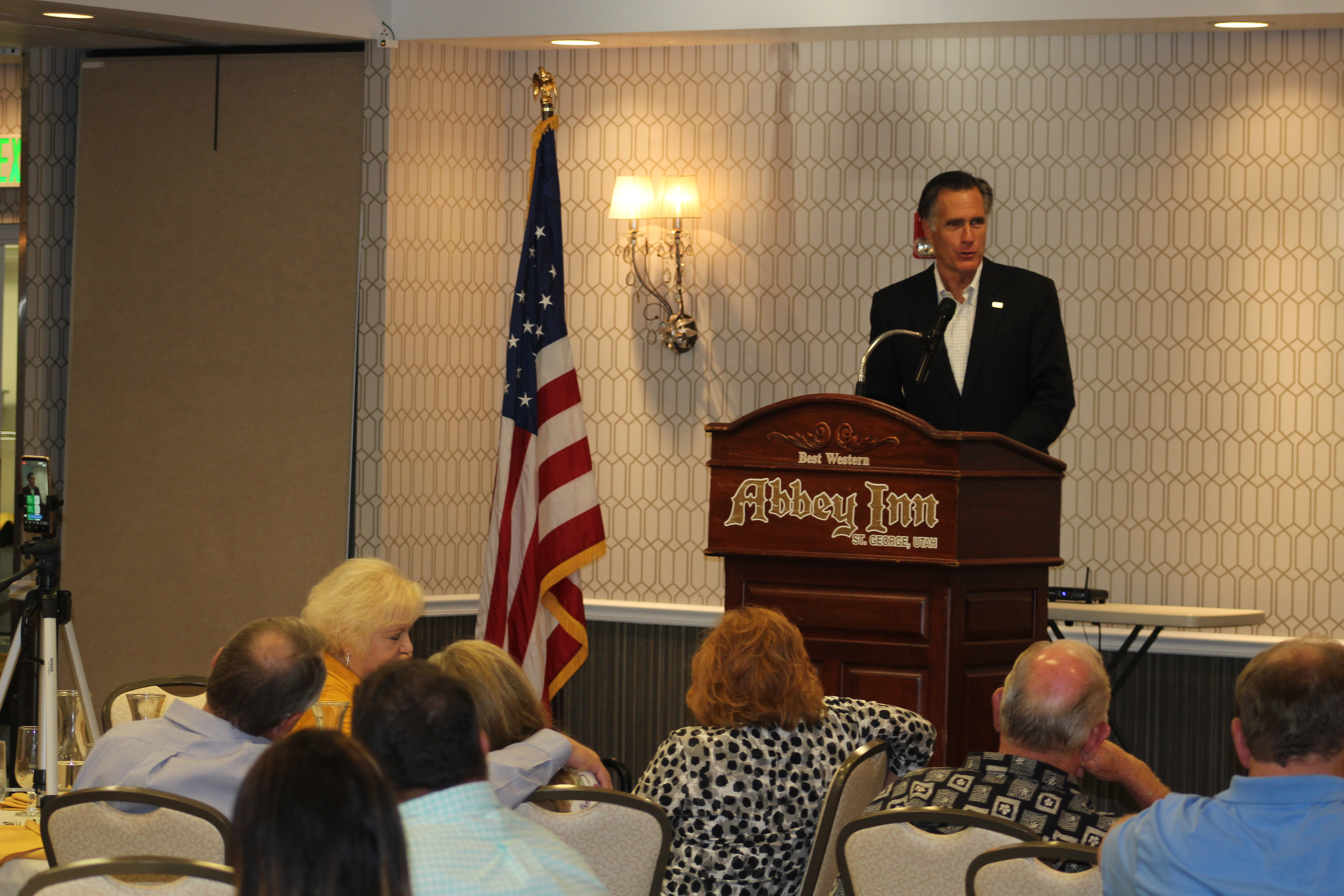 During Southern Utah stop, Romney touts goal of working across party ...