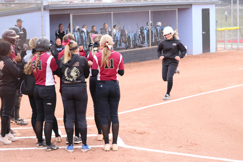Region 9 softball: Cedar, Desert Hills stay unbeaten